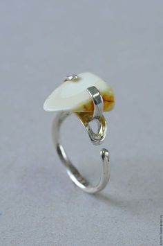 Кольцо 2 0025 янтарь в интернет-магазине на Ярмарке Мастеров. Серебряное  кольцо, янтарь 74df169fe7c