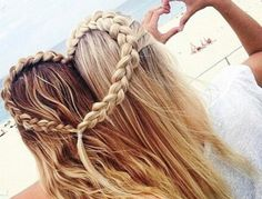 Tresse cheveux blonds et bruns