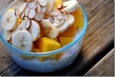 Tropical Overnight Oats -     1/4 cup old fashioned oats      1 Pineapple Chobani Greek Yogurt      Splash of skim milk      1 banana (1/2 smashed in with oats/yog, 1/2 on top)      1 chopped mango      Sliced almonds    Instructions        Combine ingredients and let sit overnight in the fridge, or for at least 20 minutes.