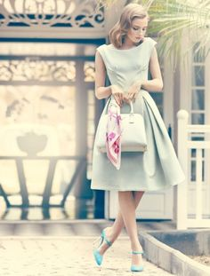 love this vintage outfit for Spring! so want that dress in THAT COLOR!!! Want periwinkle for sure