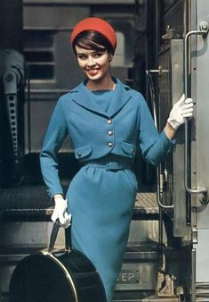 Inspiration: blue dress suit Sondra Peterson in a blue wool suit, 1958 vintage fashion style color photo print ad model magazine dress red hat gloves belt 1950s Style, Style Retro, Style Vintage, Vintage Vogue, Vintage Glamour, Vintage Ladies, Fifties Fashion, Retro Fashion, Vintage Fashion