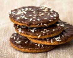 Biscuits ganache Nutella© façon Granola© (sans beurre, sans huile) : http://www.fourchette-et-bikini.fr/recettes/recettes-minceur/biscuits-ganache-nutellac-facon-granolac-sans-beurre-sans-huile.html