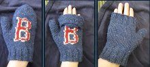 Fenway Convertible Mittens | AllFreeKnitting.com knitting patterns, mitten pattern