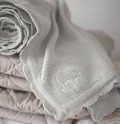 Algodão suave para uma pele suave. #manta #crianças #IKEAPortugal