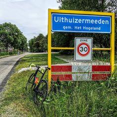 Vandaag was het alweer woensdag 3 juni 2020 en de dag begon met regen. Ik wou vanochtend al vroeg gaan fietsen want om 8 uur had ik Florian al naar de peuterspeelzaal gebracht. Maar de wegen waren nog nat dus besloot ik om nog even te wachten.  Om iets na 9:30 #vanochtend heb ik dan toch mijn #fiets gepakt en besloot ik om een rondje te gaan fietsen. Ik kwam tijdens mijn rit onder andere door #Usquert #warffum #denandel en #Saaxumhuizen. bij thuiskomst om iets na 11 uur vanochtend had ik bijna 4