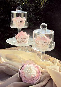 Beautiful garden sweet cupcakes.