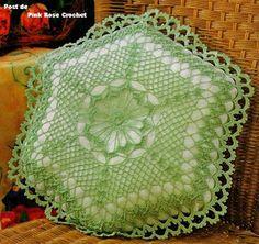 \ PINK ROSE CROCHET /: Almofada Hexágono Verde - Crochê