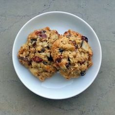 W biegu po ...: Ciastka owsiane! Snack Recipes, Cooking Recipes, Snacks, Oatmeal, Muffin, Food And Drink, Lunch, Cookies, Breakfast
