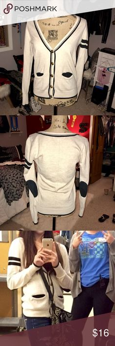 Old school sweater Worn a few times and still in great condition. Cream old school look sweater with soft elbow pads Forever 21 Sweaters