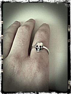 Skull ... Uploaded with Pinterest Android app. Get it here: http://bit.ly/w38r4m