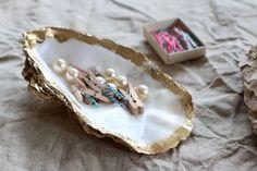 Craft Tutorial – Gilded Oyster Shell Desk Tidy