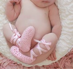 Crochet baby ballet slippers precious @Tiffany Wallace Barron does my niece need these?!?