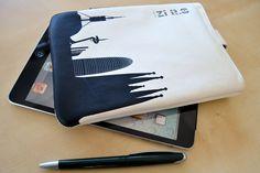 Funda para iPad Mini o tablets de 7 a modelo Barcelona, de Ziron iPad Mini cover, model Barcelona by Ziron Cover Model, Ipad Mini, Barcelona, Wallet, Design, Barcelona Spain, Purses, Diy Wallet