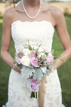 Photography by stephaniereeder.com, Floral Design by facebook.com/pages/NV-Florist/140513018418