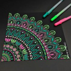 Pink and green mandala dot drawing 🐒 nathalie ( Doodle Art Designs, Art Painting, Dotted Drawings, Cool Art Drawings, Pen Art, Mandala, Dot Art Painting, Gel Pen Art, Mandala Art Lesson