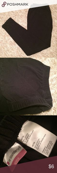 Stretch Leggings Comfy stretchy leggings with ribbed waist band. They come right to the ankle. They are a cotton material. Perfect condition. No Boundaries Pants Leggings