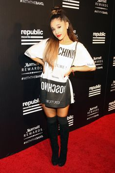 Pin for Later: If You Thought the VMAs Were Sexy, Wait Until You See These Afterparty Looks Ariana Grande Ariana Grande met her knee-high boots and thigh-high socks with a Moschino t-shirt dress.