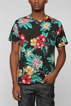 BDG Island Floral Tee - Urban Outfitters