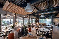 Enterijer restorana Limited u Ovči Modern Office Design, Conference Room, Studio, A4, Outdoor Decor, Table, Restaurants, Furniture, Home Decor