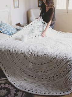 Crochet Beanies - Knitting pattern with fishnet tracks - Crochet Carpet, Crochet Home, Love Crochet, Crochet Baby, Knit Crochet, Crochet Birds, Crochet Animals, Crochet Rug Patterns, Crochet Motif