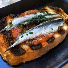"""""""Tosta de boquerones, #gastronomía #Logroño La #Rioja Capital Gastronómica Española"""""""
