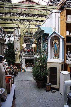 garden shop at Christmas time