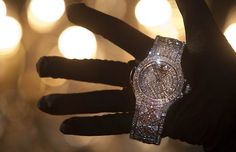 #Swiss watchmaker #Hublot show`s most expensive watch with more than 1,200 #diamonds