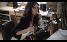 PJ Harvey Brand new song. 10 sec tease only. Sorry but so happy she's back!