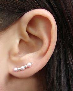 Swarovski plata y rosa perla oreja Pins par por TheGratitudeStudio