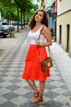 NfashioN : Coral Midi Skirt Waist Skirt, Midi Skirt, High Waisted Skirt, Coral, Posts, Skirts, Blog, Fashion, Moda