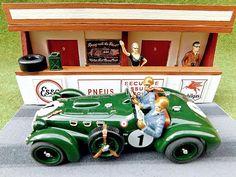 Le Mans, Diorama, Hot Wheels, Kids Growing Up, Slot Cars, Entertaining, Friends, Slot Car Tracks, Amigos