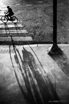Street Photography - Paris (France) by Gilles Vidal, via Behance