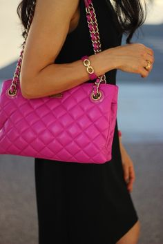 I think this bag would suit any age. Best summer handbag! Kate Spade leighton bag in fuchsia!