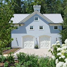 Traditional Garage And Shed victorian garage Design Ideas, Pictures, Remodel and Decor