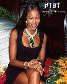 In January 1998, Naomi Campbell wore a platinum, emerald, diamond & pearl Cartier snake necklace worth US $12 million