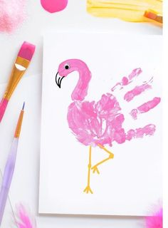 ▷ 1001 + tutoriels et idées d'activité manuelle primaire intéressante Main flament rose – Over 80 fun and easy to do primary manual activity ideas ♥ ️ The post ▷ 1001 + interesting primary manual activity tutorials and ideas appeared first on Best Pins. Kids Crafts, Daycare Crafts, Baby Crafts, Toddler Crafts, Preschool Crafts, Summer Crafts For Toddlers, Kids Diy, Creative Crafts, Baby Footprint Crafts