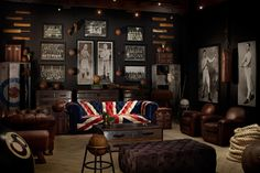 Sports Club: Inspired by old English sporting activities such as hunting, tennis and croquet, this space exudes the class and refinement that once defined the world of sports. Comprising a selection of slightly distressed leather pieces, Sports Club embodies an authentic vintage aesthetic.