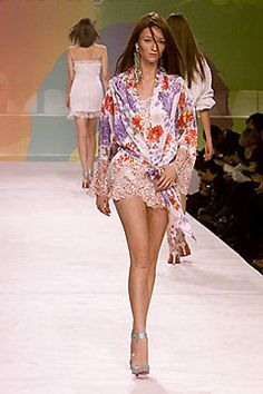 Ungaro Couture Spring 2000 Ready-to-Wear Fashion Show - Audrey Marnay, Emanuel Ungaro