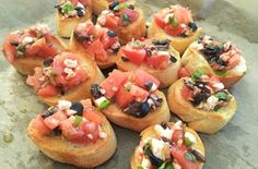 Bruschetta is an easy and delicious appetizer or snack. It goes perfectly with a chilled glass of dry white wine or raspberry Prosecco. Bruschetta, Pitted Olives, Dry White Wine, White Bread, Home Recipes, Yummy Appetizers, Prosecco, Raspberry, Raspberries