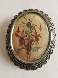 "Vintage Thomas Le Mott Brooch - Hibiscus - ""TLM made in England"" Brooch Dimensions +/- . 50 x 40 (mm) : x (inch) Brooch Weight +/- . 12 g : ounces Hibiscus, 1930s, Decorative Plates, Arts And Crafts, England, Brooch, Jewellery, How To Make, Vintage"