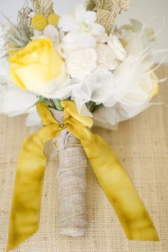 14 Creative Ways to Bring Your Yellow Wedding to Life!