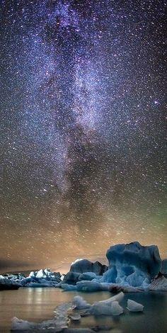 Milky Way over icebergs