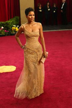 Halle Berry, in Elie Saab, 2003. The Red Carpet Project - NYTimes.com