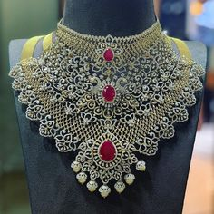 The 3 in 1 bridal diamond necklace in detachable fashion can be used as 3 different necklaces. The heavy bridal diamond choker is a must have jewellery for every bride. Bridal Jewelry Sets, Bridal Necklace, Wedding Jewelry, Bridal Jewellery, Wedding Accessories, Wedding Hair, Necklace Set, Bridal Hair, Hair Accessories
