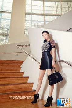 China Entertainment News aggregates the latest news shapping China's entertainment industry. Very Beautiful Woman, Beautiful Chinese Girl, Beautiful Asian Women, Gaun Dress, Pacific Girls, Jing Tian, Prettiest Actresses, Chinese Actress, Hot Outfits