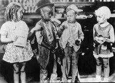 "Little Rascals: Dorothy DeBorba, Matthew ""Stymie"" Beard, Bobby ""Wheezer"" Hutchins, Shirley Jean Rickert"
