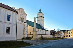 Right under the peaks of the High Tatras lies a small village called Spisska Sobota, which belongs to the best preserved medieval towns in Slovakia. High Tatras, Medieval Town, Hidden Treasures, Mansions, House Styles, Home, Manor Houses, Villas, Ad Home