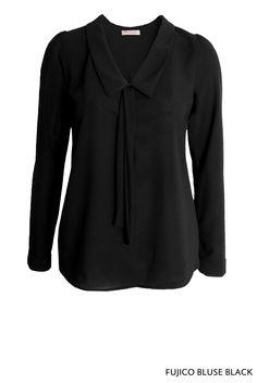 Fujico Bluse Black von KD Klaus Dilkrath #fujico #blouse #black #top #shirt #kdklausdilkrath #outfit #fashion #manga #kdklausdilkrath #kd #dilkrath #kd12 #outfit