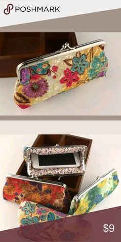 a50127be89 28 Best Floral clutch designs images
