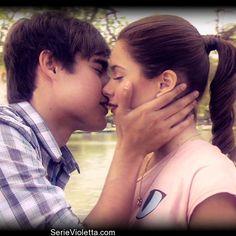 Leon y Violetta kiss